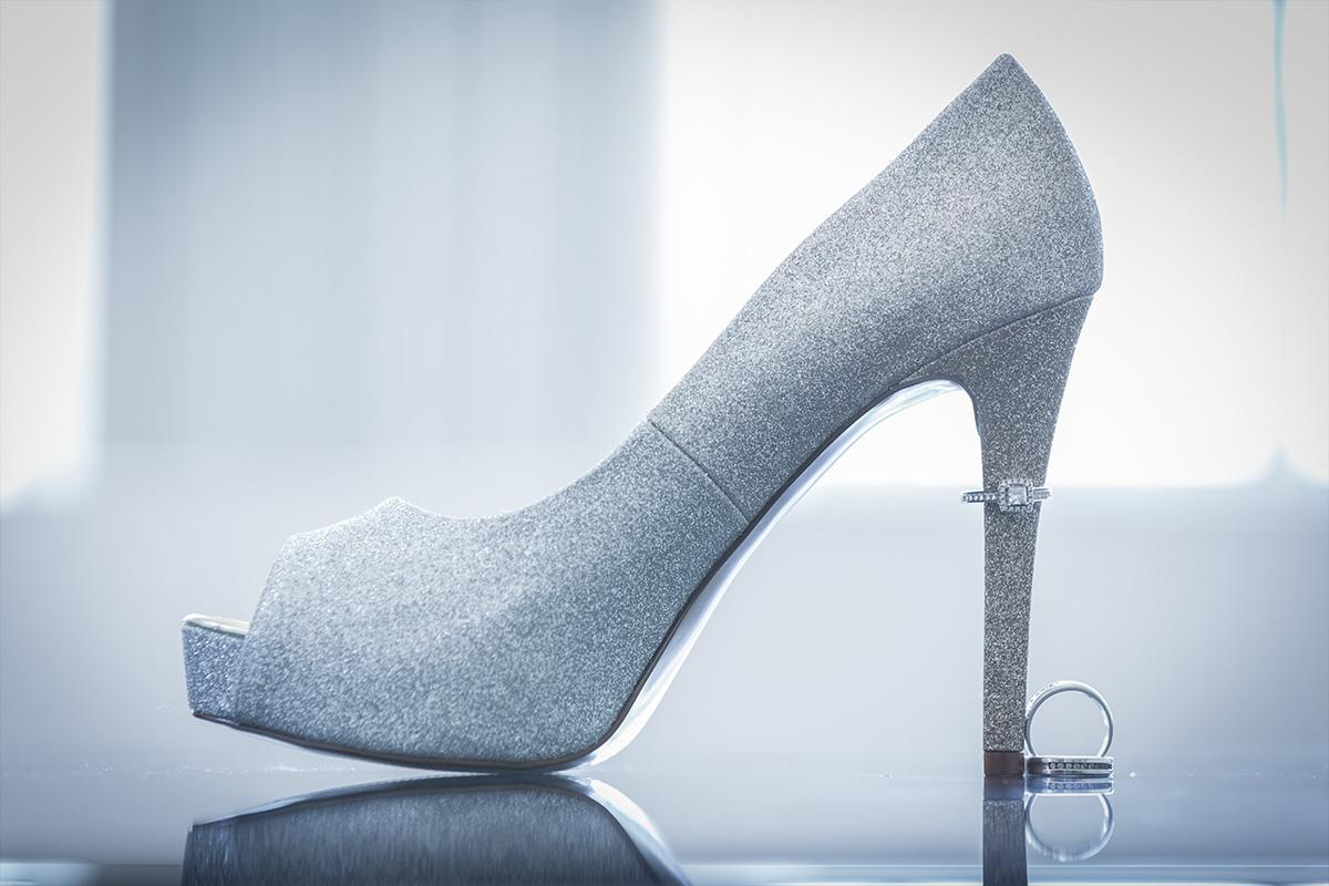 shoe bride wedding